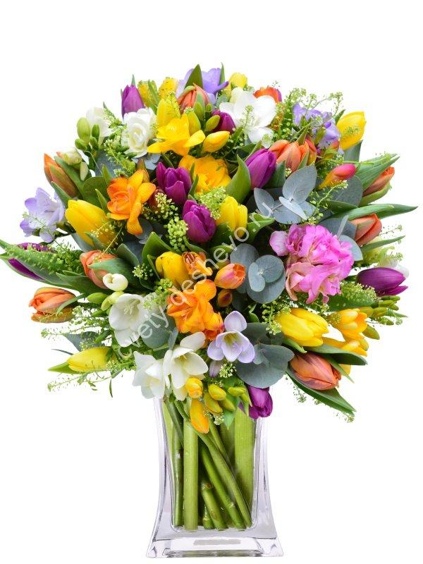 Купить, букет из 51 фрезии и тюльпанов