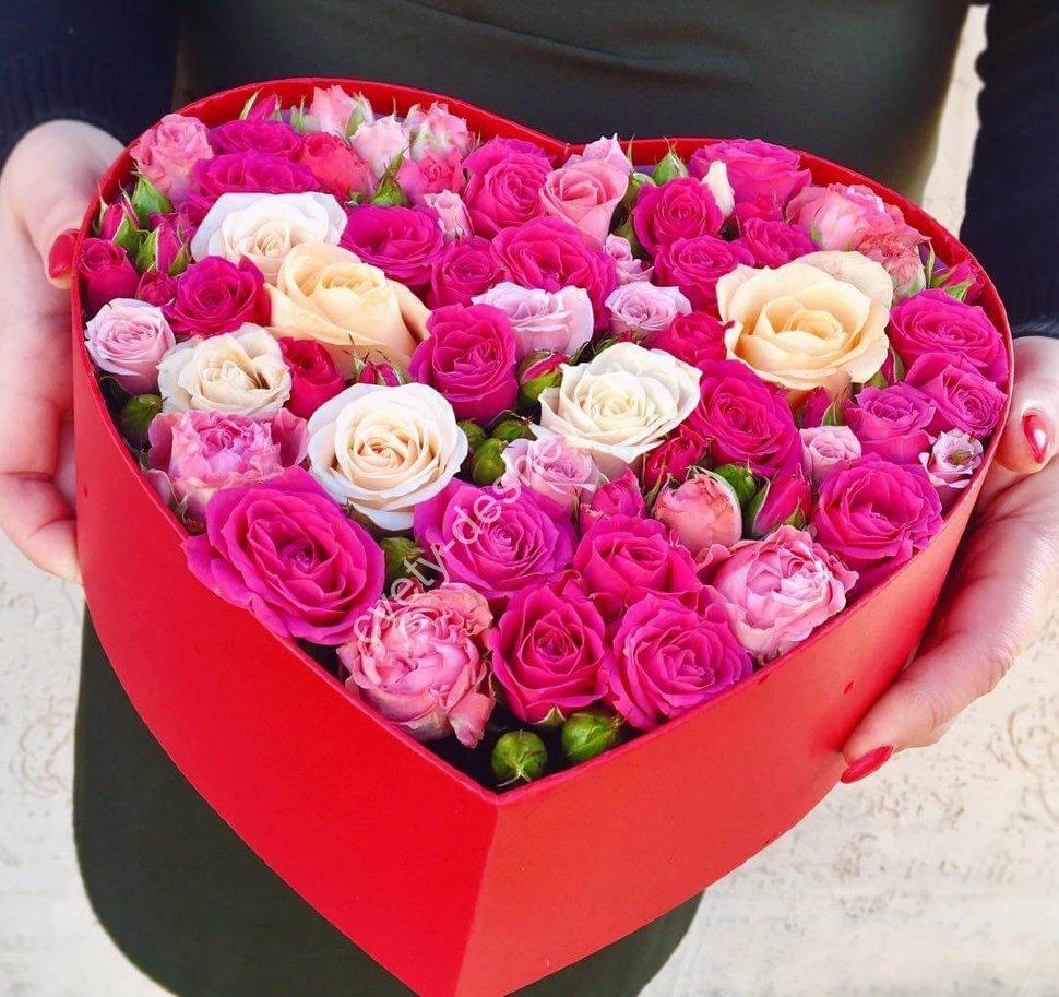 Продажа цветов, букет в виде сердца ростов на дону